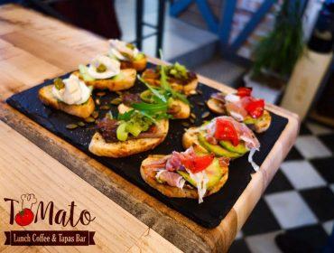 Заведение в центъра на Пловдив | TOMATO Lunch Coffee & Tapas Bar